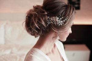 Brautstyling - Frisur und Make up für Standesamt und Kirche